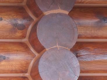 Герметизация швов деревянного дома по технологии «теплый шов»